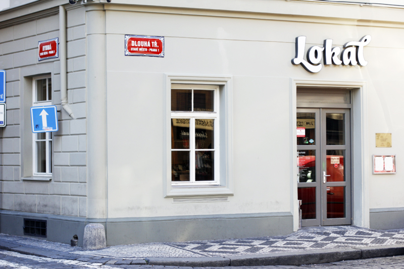 Prague-travel-guide-lokal