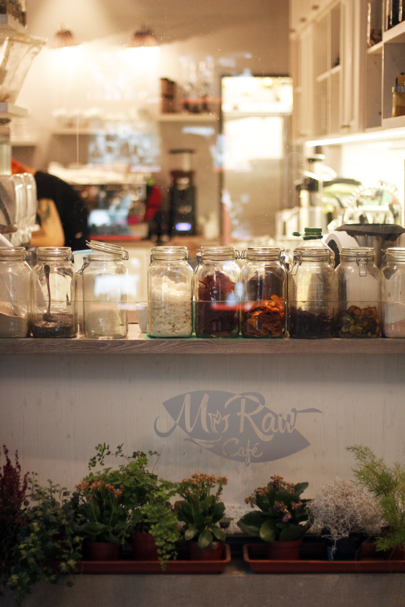 Prague-travel-guide-raw-cafe